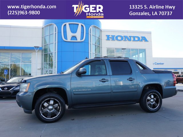 Pre-Owned 2008 Chevrolet Avalanche LT w/2LT